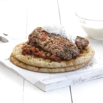 Γιαουρτλού κεμπάμπ συγκλονιστικά με τέλεια σάλτσα εζμέ